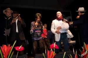 Ela Calvo y Bobby Jimenez en concierto